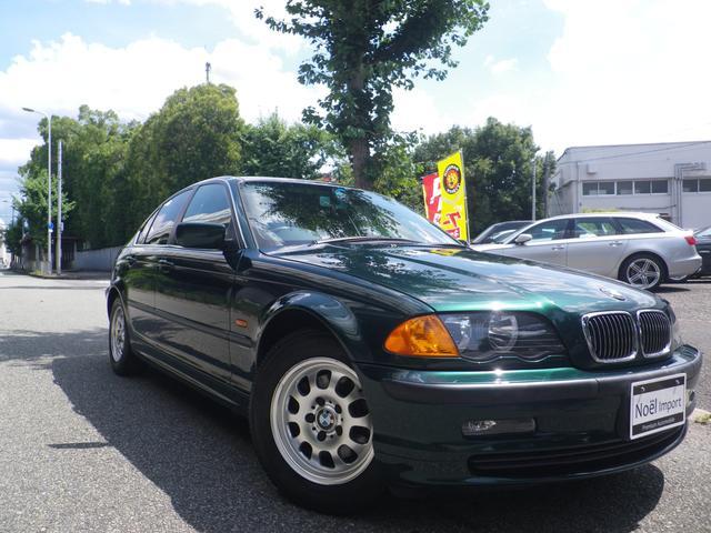 BMW 323i /ワンオーナー/禁煙車/ディーラー整備/新品タイヤ4本サービス(現在スタッドレス)