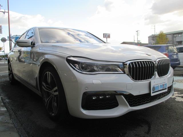 BMW 740iプラス Mエアロ ツインターボ 20インチ