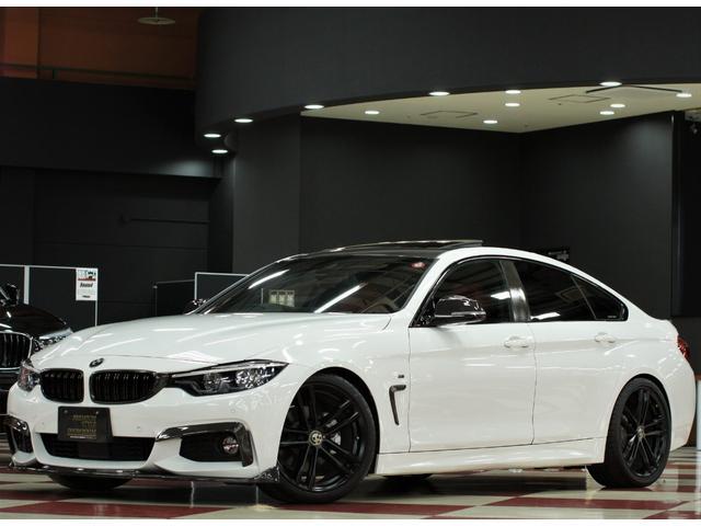 BMW 4シリーズ 420iグランクーペ Mスポーツ サンルーフ/レッド革シート/シートヒーター/社外ダウンサス/純正19インチブラックアウトペイント/カーボン調パーツ/アダプティブLEDヘッドライト/純正ナビ/フルセグTV/フットトランクオープナー