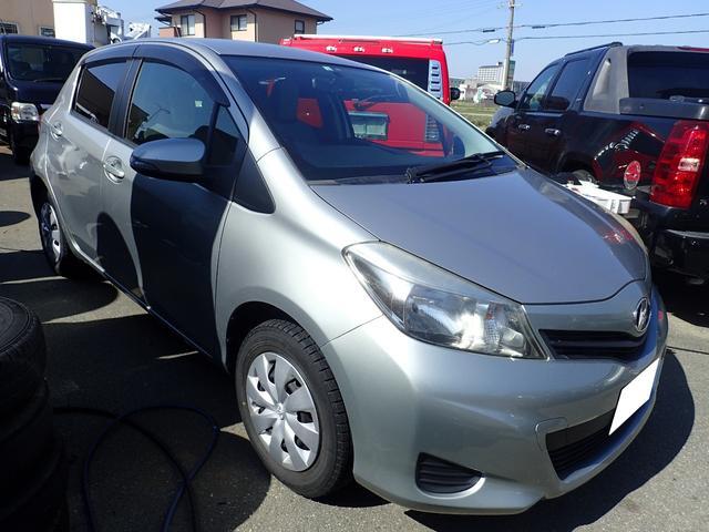 トヨタ ヴィッツ F キーレス ETC ABS