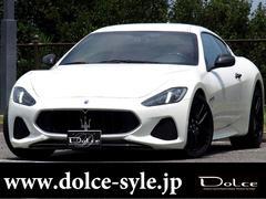 グラントゥーリズモスポーツ 左ハンドル ディーラー車 カーボンステアリング カーボンインパネ カーボンドアノブ トランクスポイラー MCスポーツスカッフプレート EBM可変マフラーバルブ MCデザイン20インチ