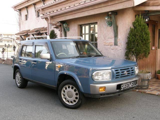 日産 4WD ノスタルジックレザーシート
