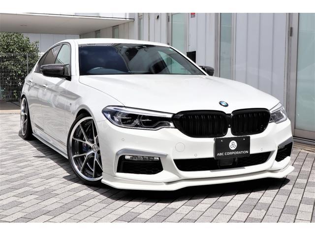 BMW 530i Mスポーツ ARQRAYマフラー/MAVERICK905S 20インチAW/SPEED BUSTERチップチューニングキット/車高調/エアクリーナー/F&S&Rエアロパーツ/パノラマビューモニター/カスタム