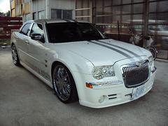 クライスラー 300C5.7HEM 本革 サンルーフ 22インチAW