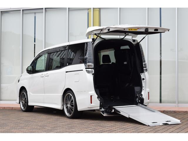 トヨタ ZS 2.0ZSウェルキャブ スロープI車いす1脚 ウェルキャブ車 電動固定装置 スローパー 純正10インチナビ フリップダウンモニター バックモニター 黒革調シートカバー ETC スマートキー 社外アルミ