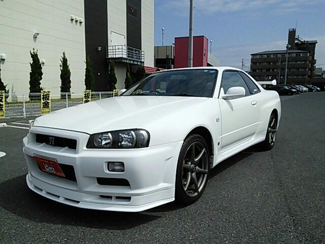日産 GT-R Vスペック 走行48100キロ ニスモマフラー