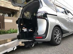 シエンタG 車いす仕様車(タイプIII)助手席側セカンドシート付