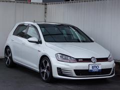 VW ゴルフGTIベースグレード DCCパッケージ/本革シート/サンルーフ