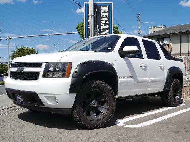 Photo of CHEVROLET CHEVROLET AVALANCHE  / used CHEVROLET