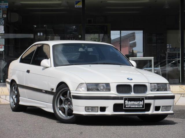 BMW 318is 左ハンドル 5MT  車高調 17インチアルミ