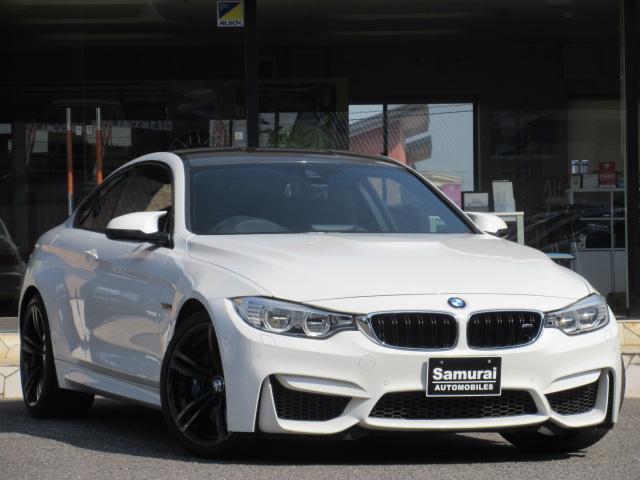 BMW M4クーペ M DCTドライブロジック