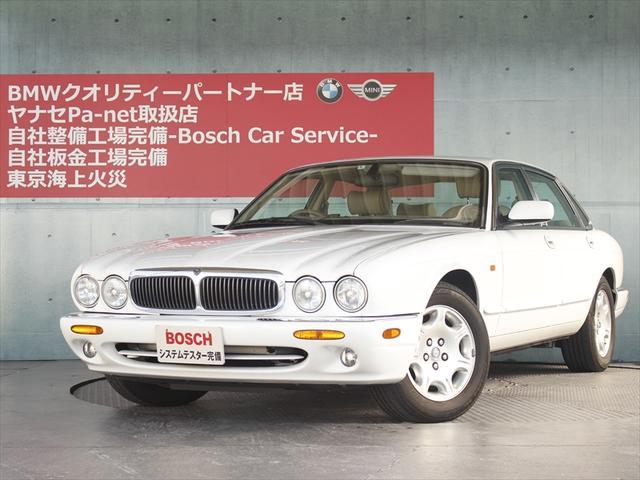 ジャガー 3.2-V8