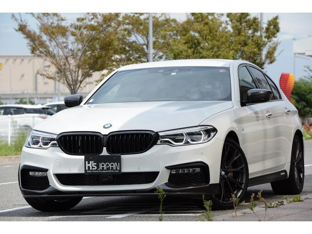 BMW 523d Mスポーツ Mperformanceパーツ(20インチホイール カーボンフロントリップ カーボンフロントスプリッター カーボンミラーカバー カーボントランクスポイラー サイドスカートフィルム) イノベーションP