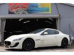 マセラティ グラントゥーリズモスポーツ MCオートシフト カーボンラッピング ディーラー車