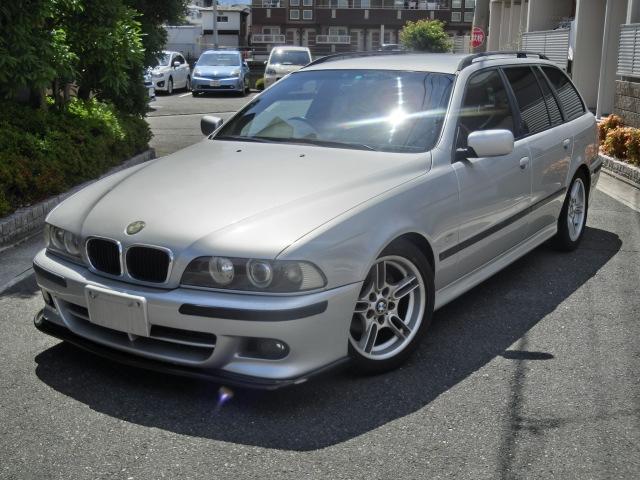 BMW 525iツーリング Mスポーツパッケージ ローダウン