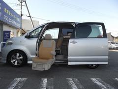 ポルテ福祉車輛 サイドリフトアップ車