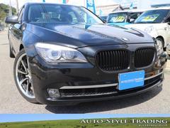 BMW740i 黒革シート HDDナビ サンルーフ スマートキー