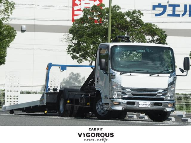 いすゞ エルフトラック  積載車 タダノS-RIDE ウインチ メッキパーツ ナビ 地デジ ETC 前後ドラレコデジタルミラー 荷台内寸(約572??206) マーカー 最大積載量2950kg ラジコン
