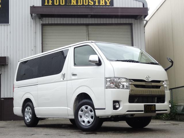トヨタ S-GLDプライム4列シートエクスプレス10人ファミリーPK