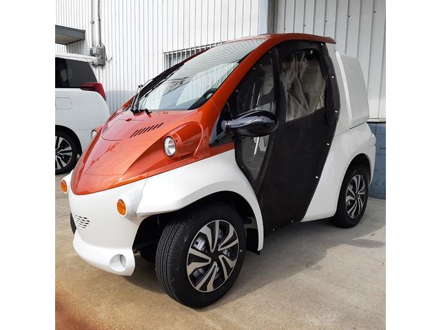 日本その他 日本  トヨタ コムス オレンジメタリック B・COM デリバリータイプ 10M充電ケーブル付 電気自動車 アクセサリー(シガーソケット2口 USBポート2口 電圧計 ホイールキャップ リアカメラ)