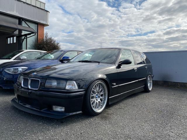BMW E36 328iツーリング