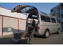 キャラバンバスチェアキャブ 車移動車 車椅子2基