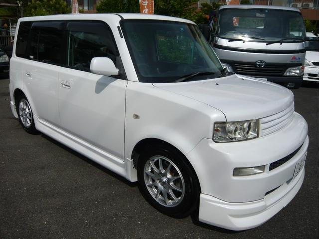 トヨタ Z Xバージョン ローダウン 社外マフラー イカリング