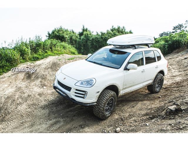 ポルシェ ティプトロニックS 4WD 内装ベージュ 社外ナビ フルセグ バックカメラ ETC
