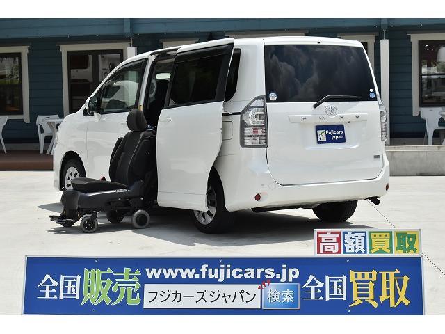 トヨタ 福祉車両 サイドリフト脱着電動式 両側パワスラ ナビ