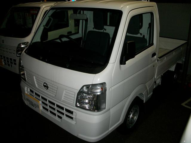 日産 DX 農繁仕様 4WD ラジオ付き 5MT