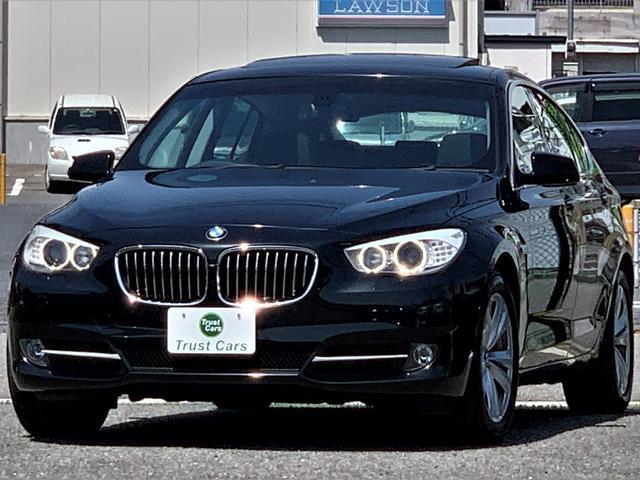 BMW 5シリーズ 535iグランツーリスモ /直6/3L/ツインターボ/サンルーフ/LEDポジション/キセノンヘッド/LEDターンインジケーター/18AW/黒革/シートヒーター/10型フルセグナビ/トップビュー/電動開閉ツインテール