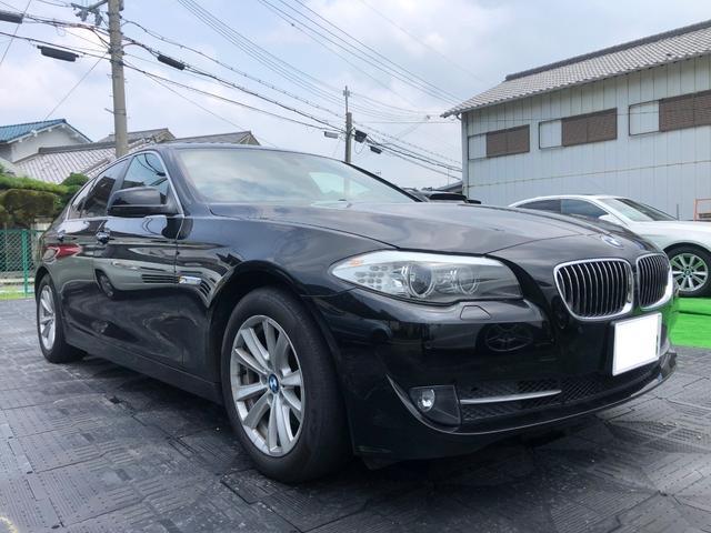 BMW 523i ハイライン 禁煙車 ETC ナビ 黒本革シート