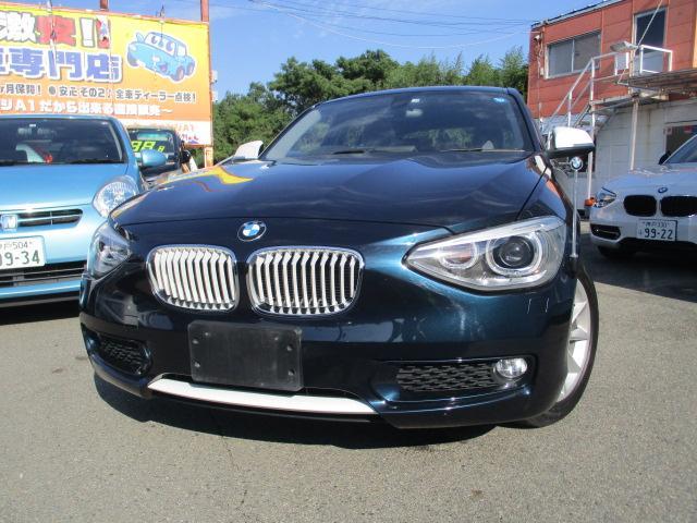 BMW 1シリーズ 116i スタイル ハーフレザーコンビシート ・純正バックモニター&バンパーセンサー・アイドルストップ・スマートキー・社外ナビ・ETC・純正アルミ・一部ツートンカラー