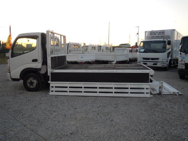 日野 パワーゲート800kg付平ボディ 全低床