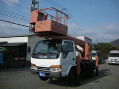 エルフトラック高所作業車