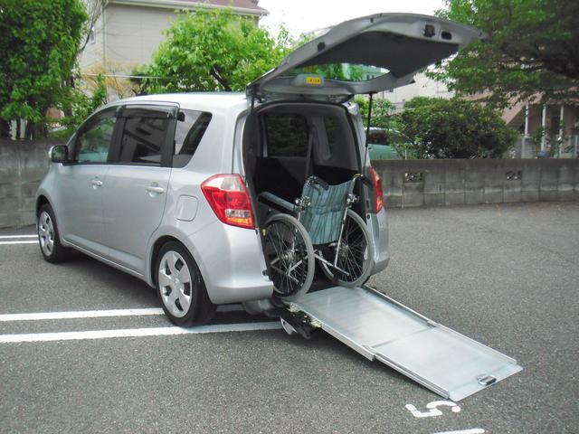 トヨタ 車椅子福祉車輌スローパー