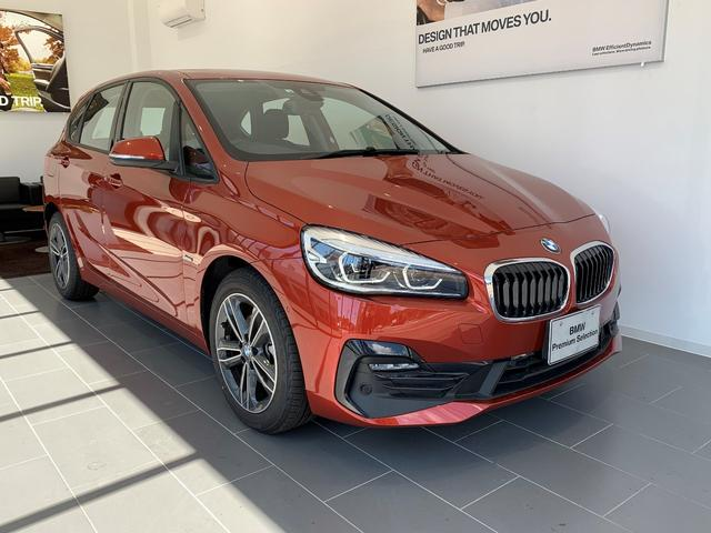 BMW 218iアクティブツアラー スポーツ 電動リアゲート