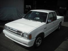 米国マツダB2600i キャブプラス 1992年モデル