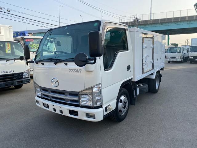 マツダ タイタントラック  2トン低温冷蔵冷凍車 オートマ マイナス30℃設定 両側サイドドア 床ステンレス バックカメラ