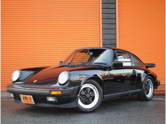 ポルシェ 911カレラ 正規D車930カレラ黒革S5速 黒革S