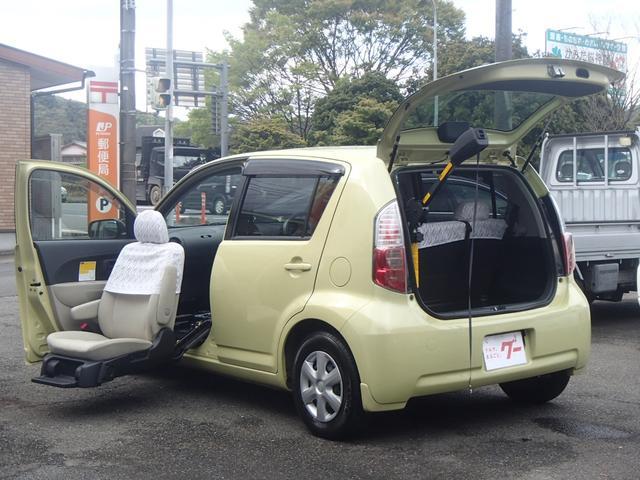 トヨタ X ウェルキャブ車助手席リフトアップシート車Bタイプ