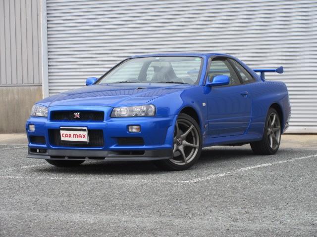 日産 スカイライン GT-R VスペックII DVDナビ HIDライト キーレス アイライン 初年度登録は15年1月です。