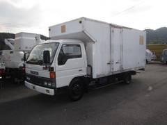 タイタントラック保冷車