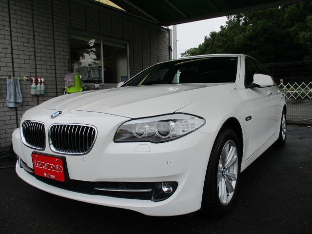 BMW 523i HDDナビBカメラ 黒本革シート キセノン フォグ