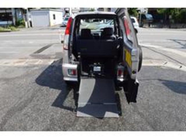 ダイハツ 福祉車輌 車いすスローパー 基本装備 運転席エアバッグ