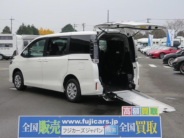 トヨタ 福祉車両 ウェルキャブ スロープ 車椅子2基 電動ウインチ