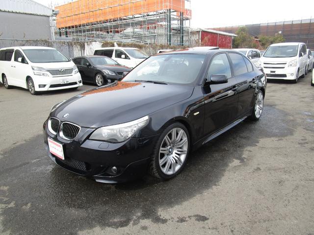 BMW 5シリーズ 525i Mスポーツパッケージ 後期 サンルーフ 黒革 プッシュスタート HDDナビ CD クルコン キーレス パワーシート シートヒーター コーナーセンサー 19アルミ リアスポイラー HID オートライト タイミングチェーン