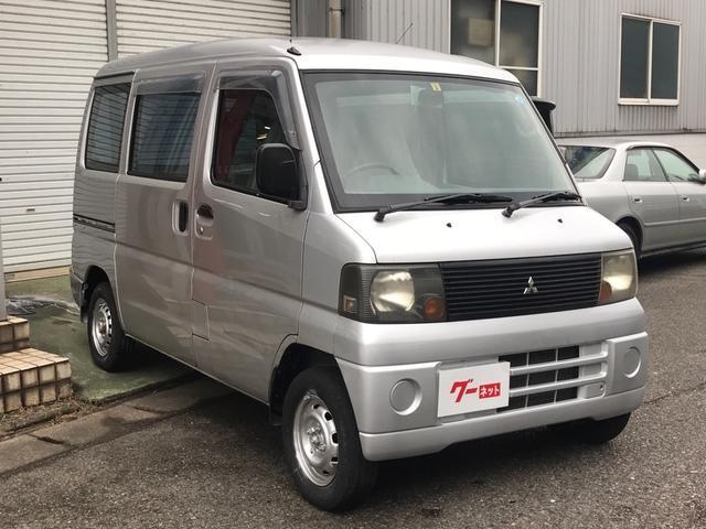 三菱 ミニキャブバン  5速ミッション エアコン 4WD