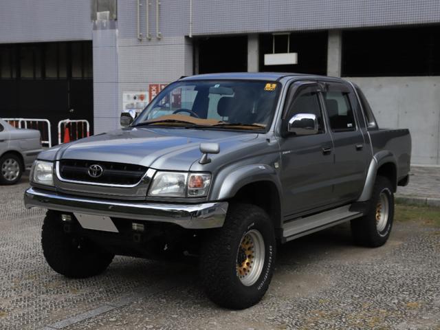 トヨタ ハイラックススポーツピック ダブルキャブ ワイド ダブルキャブ ワイド 5名 ガソリン 社外タイヤ・ホイール