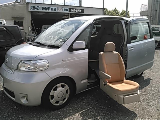 トヨタ 150r ウェルキャブ 助手席電動乗降シート スマートキー